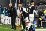 Dybala entrou para o lugar de Ronaldo no Juventus-Milan.