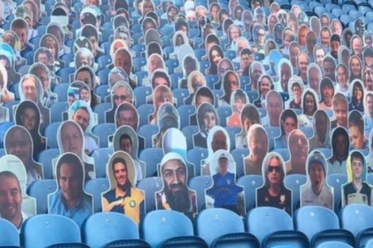Leeds United promoveu iniciativa e imagem de Bin Laden apareceu no estádio