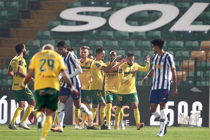 FC Porto perdeu no reduto do Paços de Ferreira (3-2)