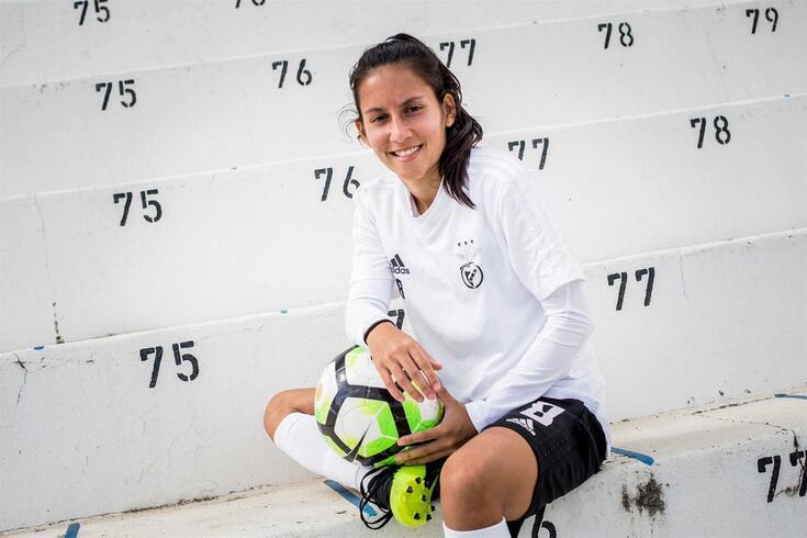 Patrícia Llanos foi a primeira jogadora encarnada a marcar na Luz