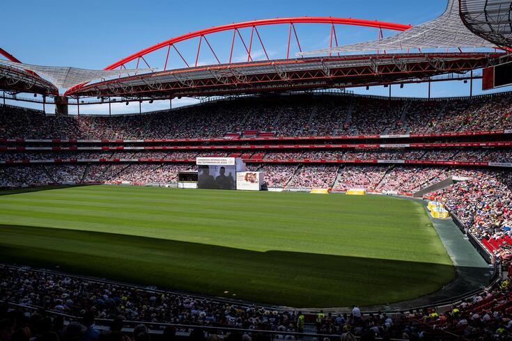Benfica absolvido da pena de um jogo à porta fechada