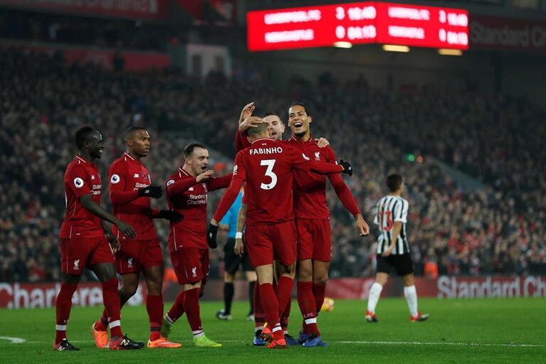 Liverpool é cada vez mais líder e fecha primeira volta invicto na Premier  League 6c1a4df017b40