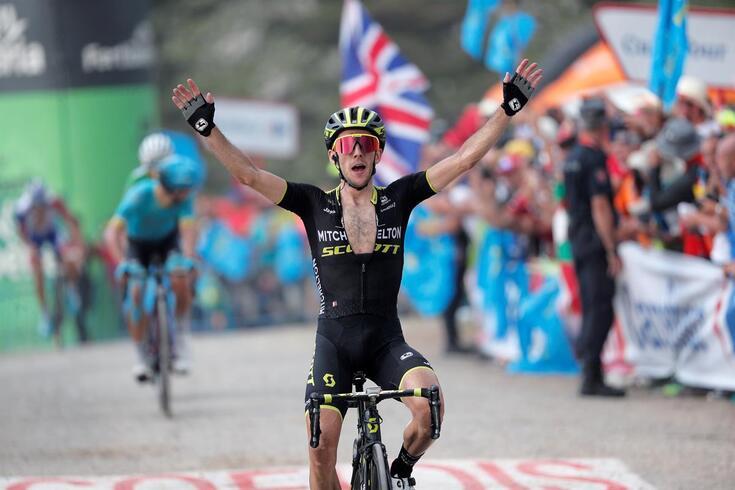Vuelta: Britânico Simon Yates vence 14.ª etapa e sobe à liderança