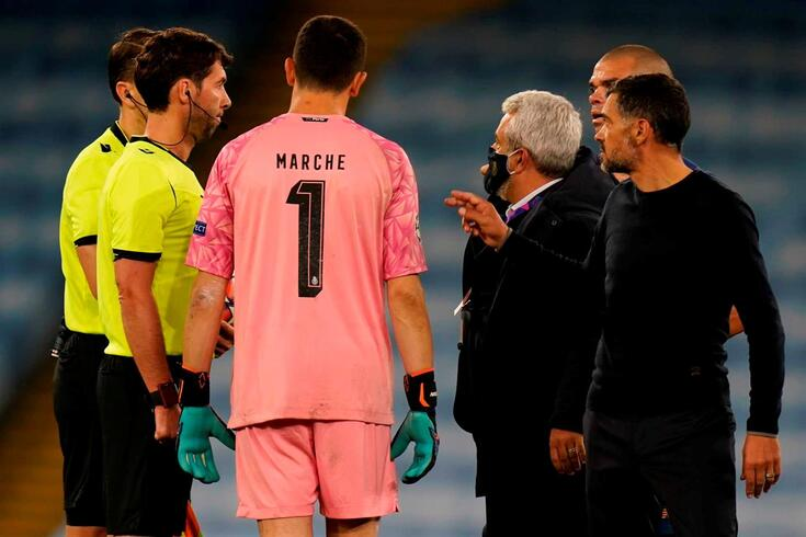 Sérgio Conceição criticou o árbitro Andris Treimanis