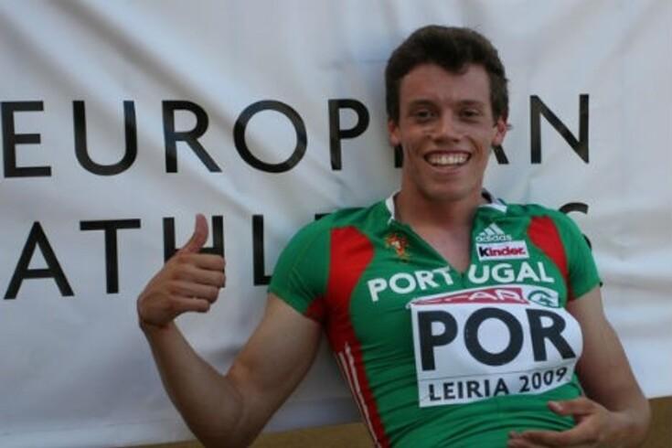 Arnaldo Abrantes em forma