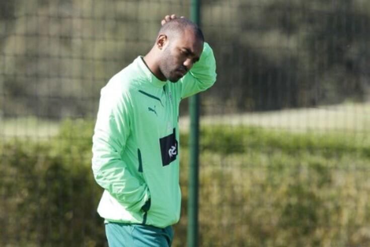 Pongolle sai sem glória do Sporting