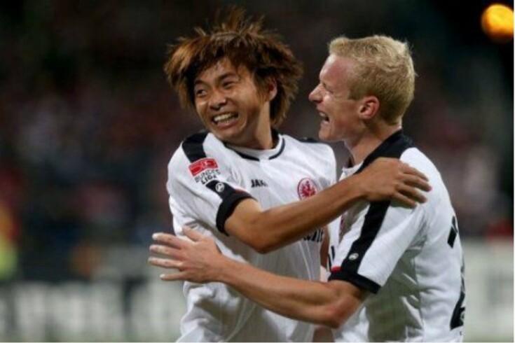 Eintracht Frankfurt líder provisório