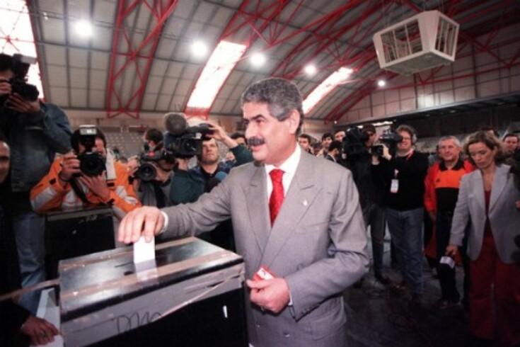 Luís Filipe Vieira sozinho a eleições