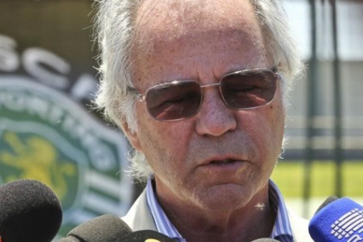 """""""Pinto da Costa teve três treinadores numa época"""""""