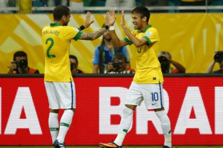 """Neymar foi """"tocado por Deus"""""""