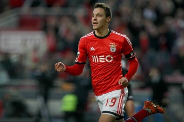 Futuro de Rodrigo nas mãos de Wenger