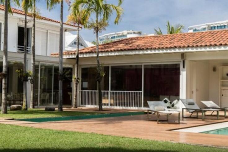 Ronaldinho aluga casa por 11 mil euros/dia