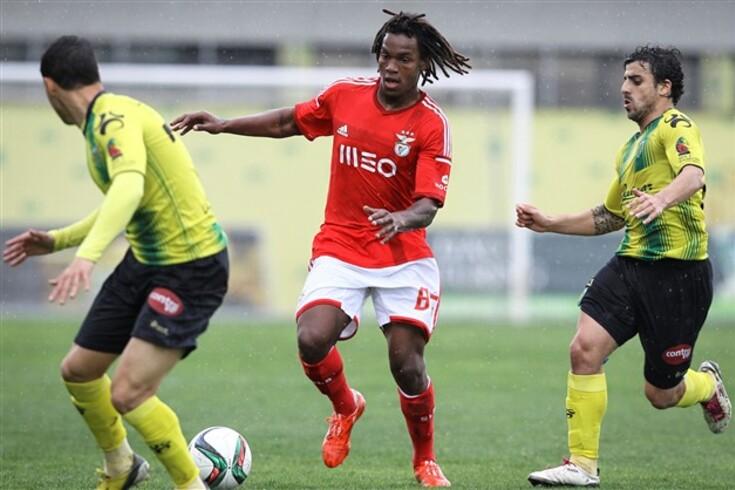 Renato Sanches chega-se à frente