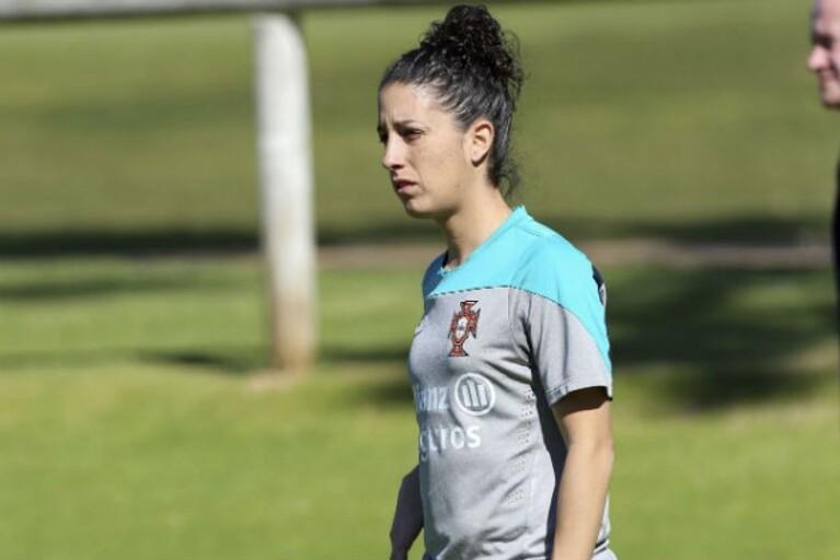 c388137b783b8 Cláudia Neto dá a receita para a Seleção Nacional bater a poderosa Espanha