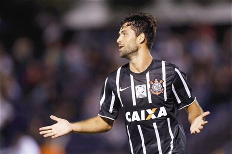 327712b858 Central do Corinthians confirma que está perto de se transferir para o  Dragão.