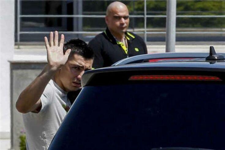 Trabzonspor confirma: Cardozo pediu para sair