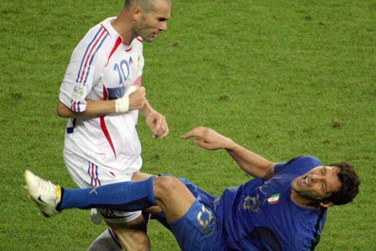 Materazzi revela o que disse antes da cabeçada de Zidane d10e496f9fe61