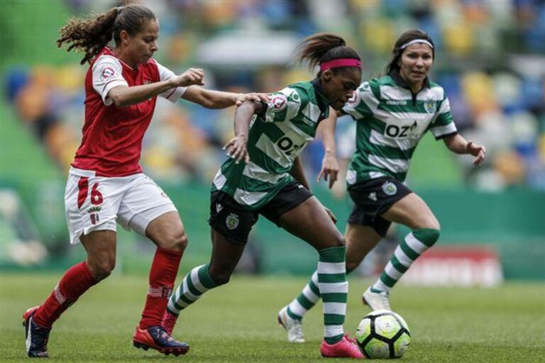 Sporting vence em dia histórico para o futebol feminino accc4b4fec3d8
