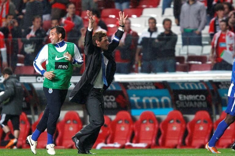 O FC Porto tem apenas 15 triunfos em jogos do campeonato disputados no  reduto do Benfica a8ad512edefde