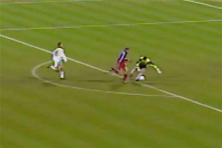 VÍDEO Bayern recorda os cinco melhores golos marcados ao Real d585bb18941b1