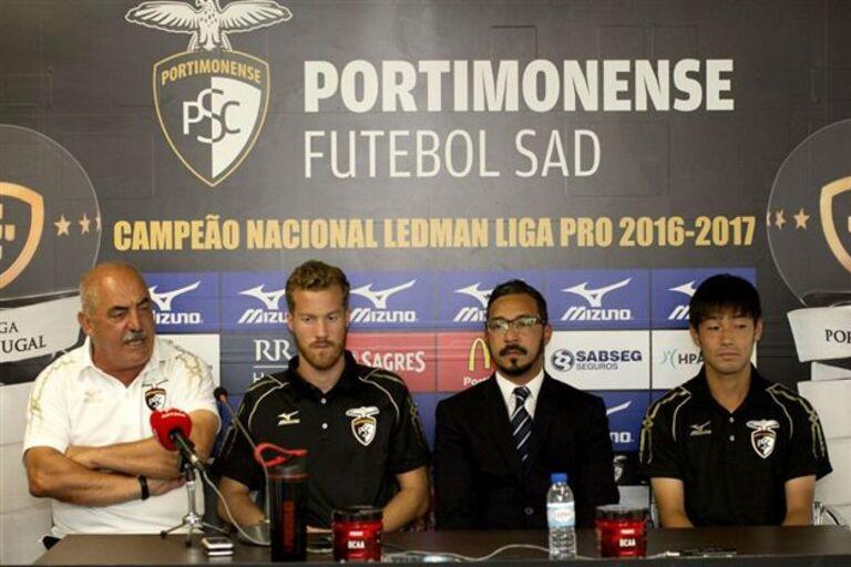 b41dfd6569 Rosell e Nakajima em estreia nos convocados do Portimonense