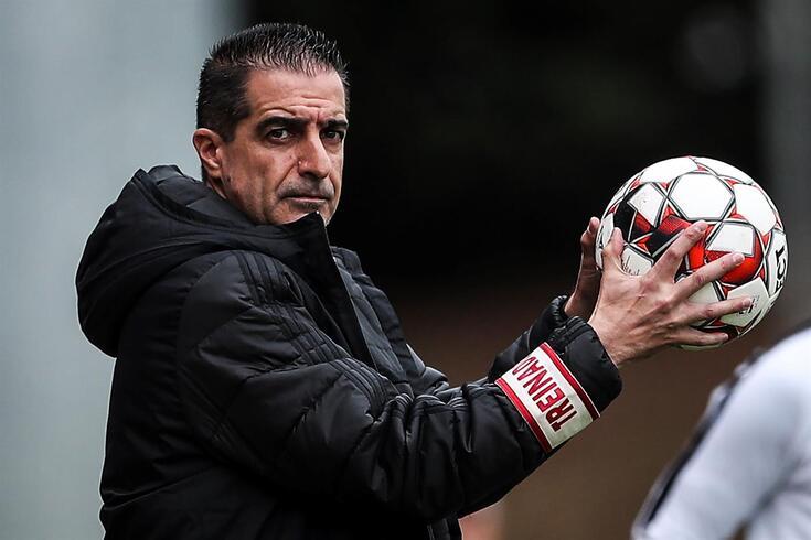 Renato Paiva despede-se do Benfica, mas não fecha a porta a um regresso
