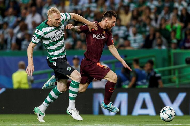 Mathieu, aqui em ação pelo Sporting frente ao Barcelona