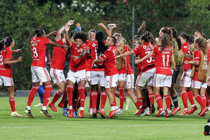 O Benfica, que se qualificou para a fase de grupos da Champions League feminina,. medirá forças no grupo