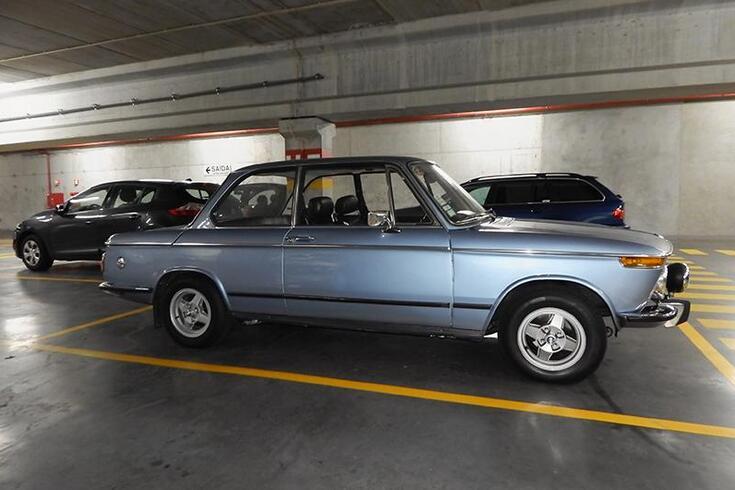Entre gotas com um BMW 1602