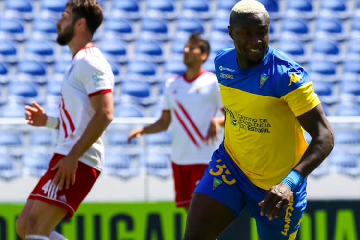 Harramiz colocou um ponto final nas contas do Estoril-Vilafranquense