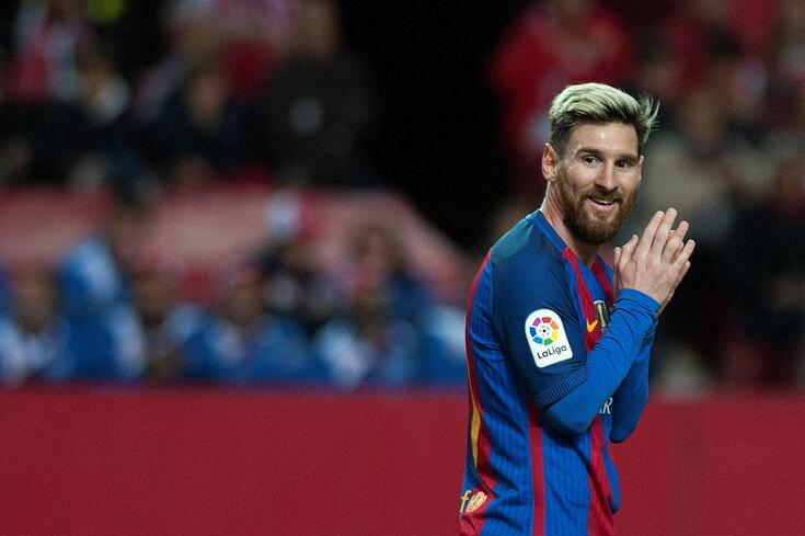 Lionel Messi é um jogador livre no mercado