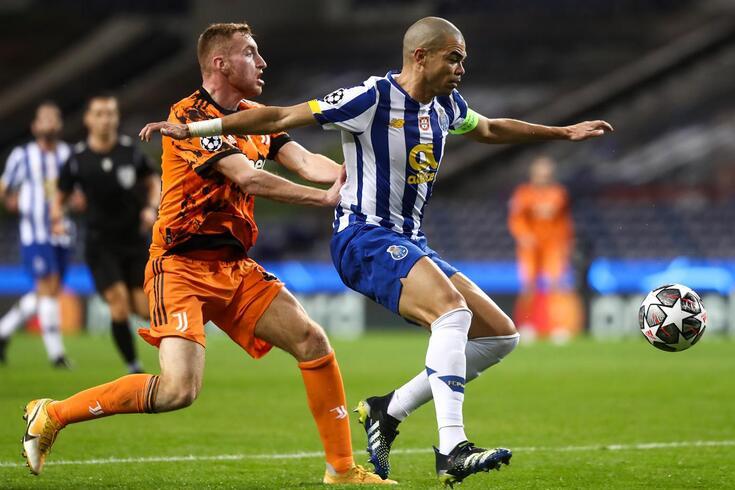 Pepe foi um dos esteios da defesa do FC Porto ante a Juventus