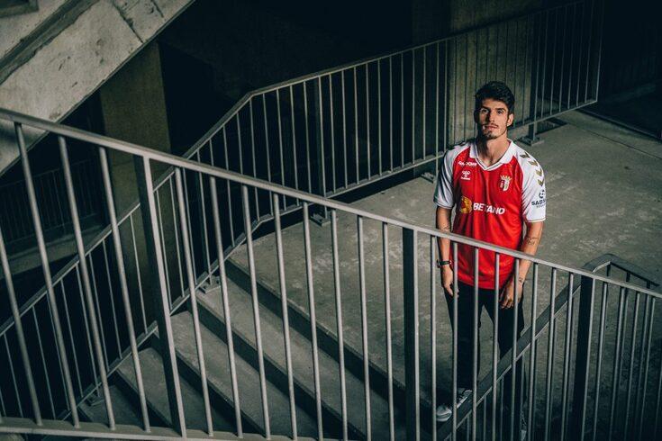 Lucas Piazon é reforço do Braga