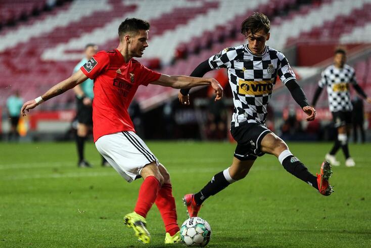 Weigl, médio alemão do Benfica