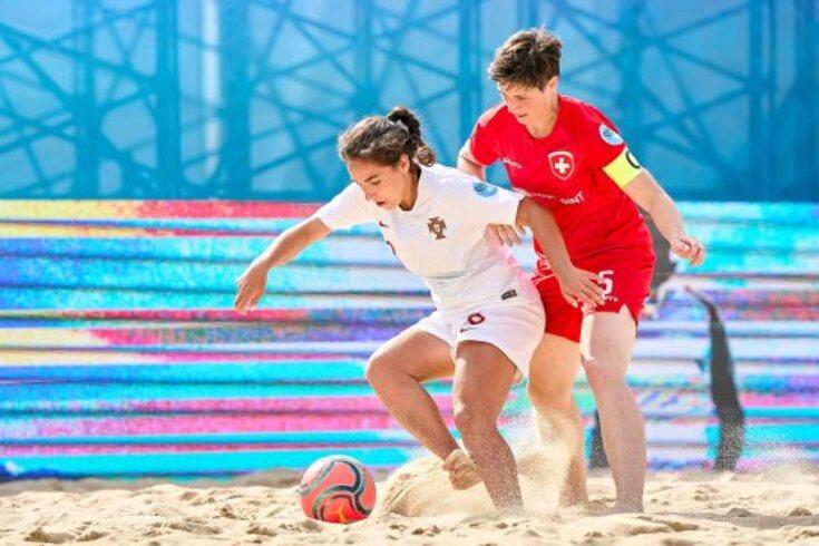A seleção feminina de futebol de praia volta a perder na Liga Europeia