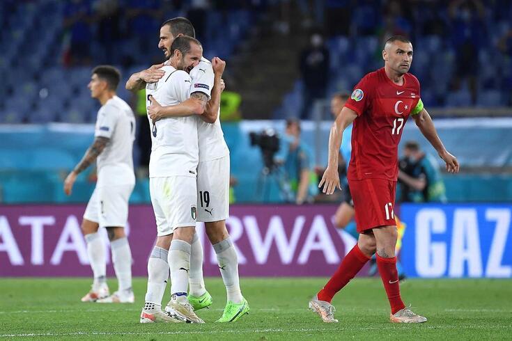 Itália continua sem sofrer golos