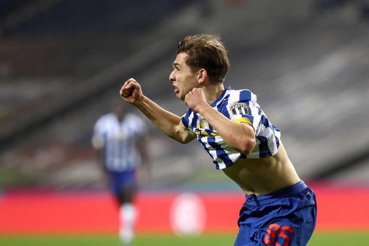 FC Porto destacou que Francisco Conceição se mantém com a equipa A