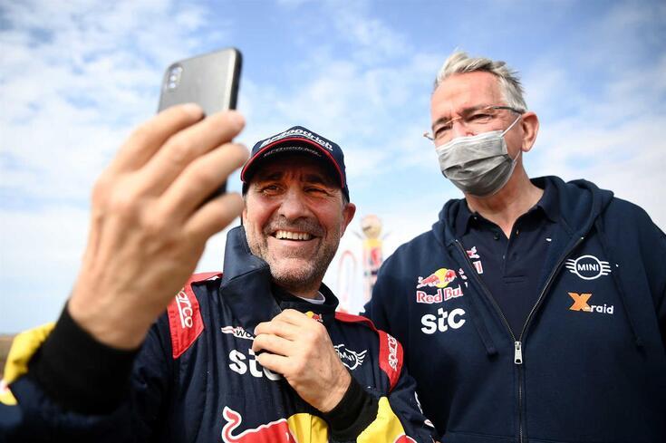 Stéphane Peterhansel voltou a vencer o Dakar
