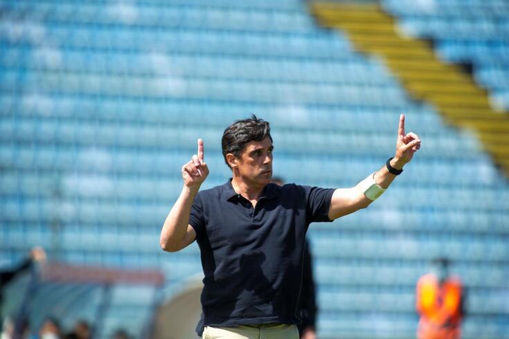 Daniel Ramos, treinador do Santa Clara, durante o jogo da Primeira Liga de Futebol, disputado com o Rio