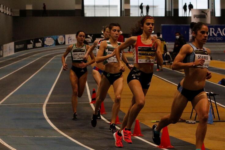 Mariana Machado correu com sapatilhas