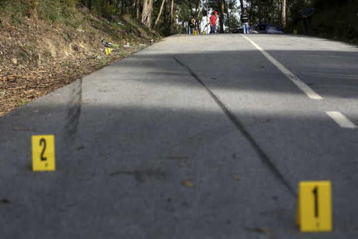 Carro em competição despistou-se no Rali Sprint de Guimarães, em 2014