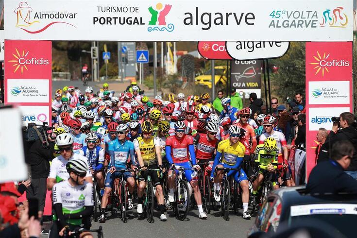 Volta ao Algarve foi adiada para maio