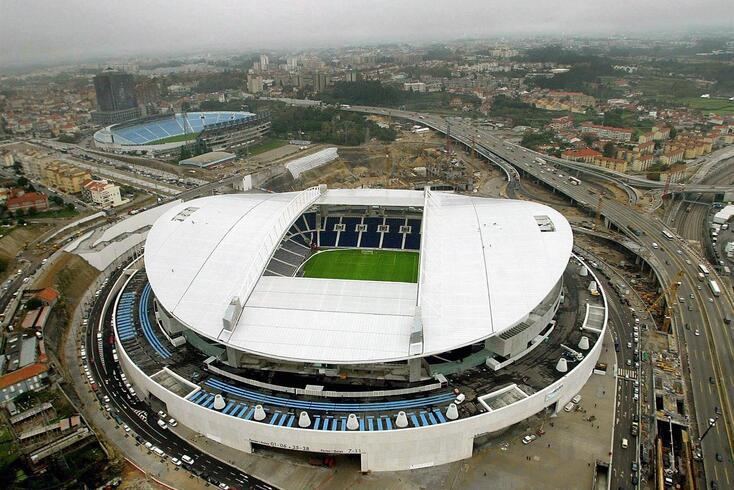 Estádio do Dragão será palco da final da Champions