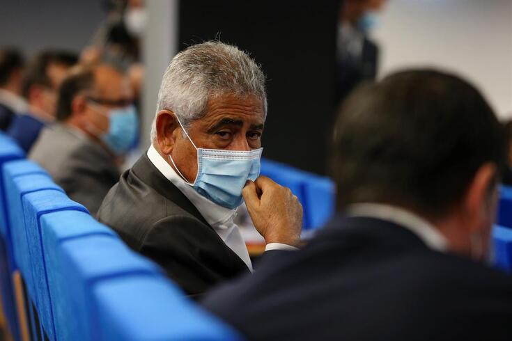 Vieira, presidente do Benfica, durante a Assembleia Geral