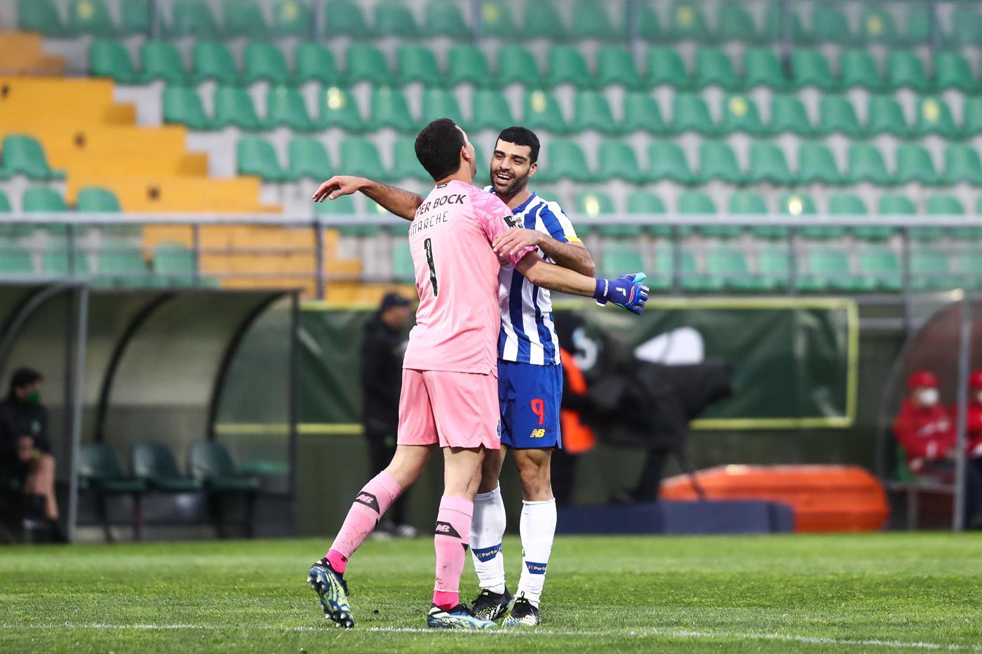 Tondela, 10/04/2021 - O Clube Desportivo Tondela recebeu esta noite o Futebol Clube do Porto no Estádio