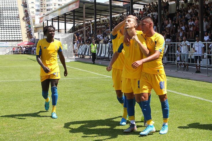 Brilhou pelo FC Porto B e foi chamado por Sérgio Conceição ao treino