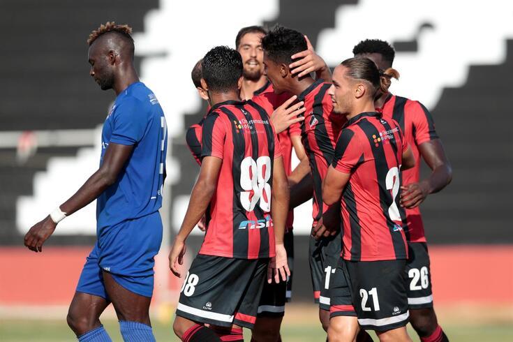 Olhanense não se conforma e pede play-off de subida à II Liga