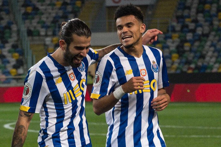 Sérgio Oliveira e Luis Díaz, assim como Evanilson, deverão regressar frente ao Gil Vicente