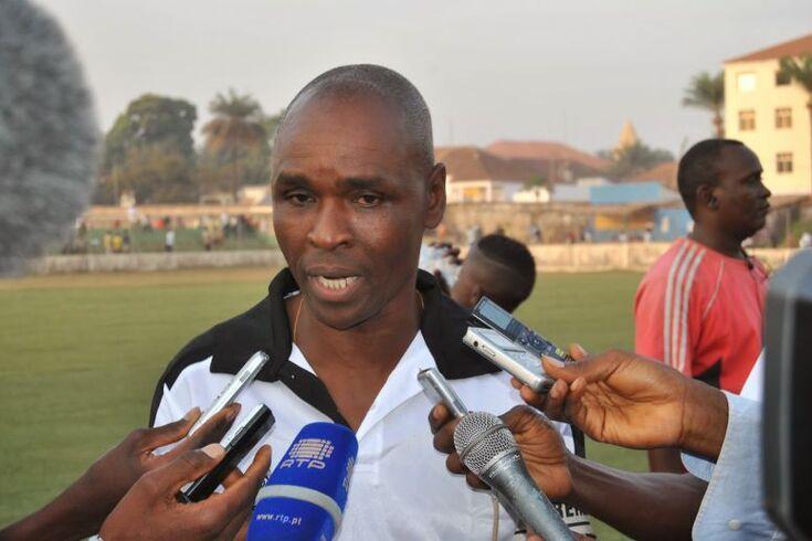 O selecionador de futebol da Guiné-Bissau, Baciro Candé