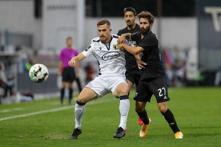 Toni Martínez mantém-se na rota do FC Porto